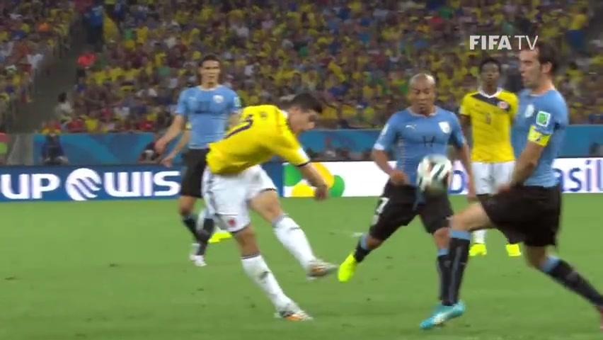 J罗凭借这脚世界波一球成名!世界杯腾飞!
